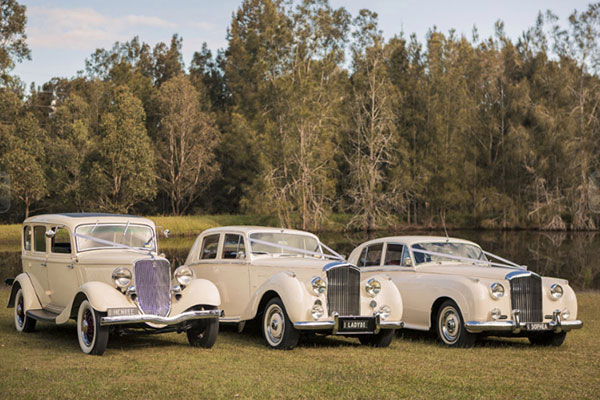 exclusive-vintage-wedding-cars.jpg